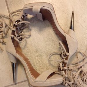 New Colin Stuart lace up nude suede gold heels 7